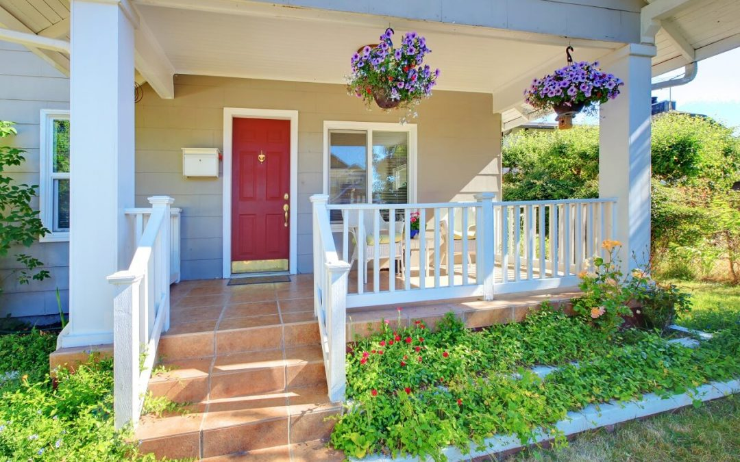 6 Ways to Improve Curb Appeal When Selling Your Home
