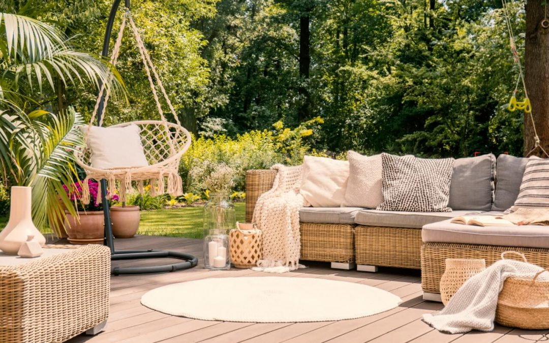 4 DIY Ways to Upgrade Your Deck